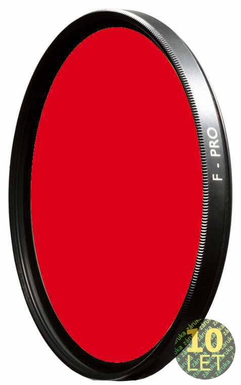 B+W 090E světle červený 67mm