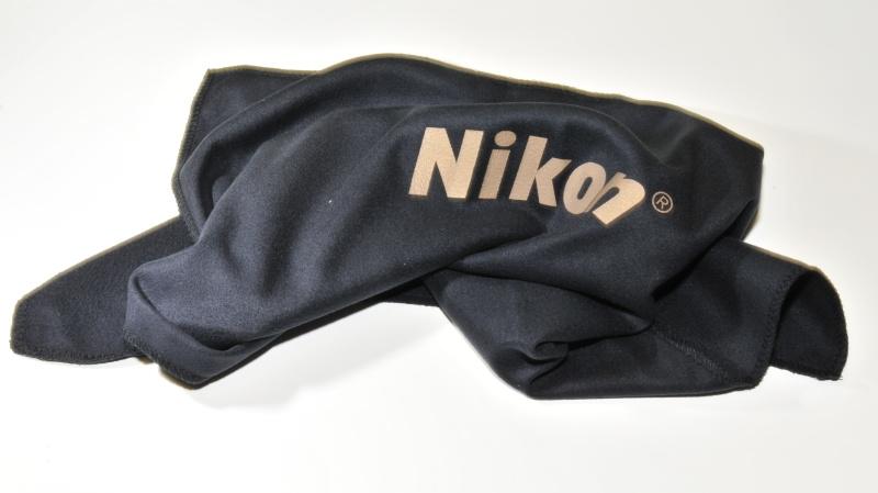 Nikon textilní utěrka na puškohledy