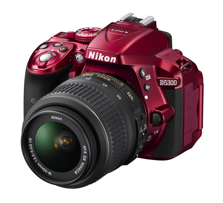 NIKON D5300 Red + 18-55 VR II AF-S DX
