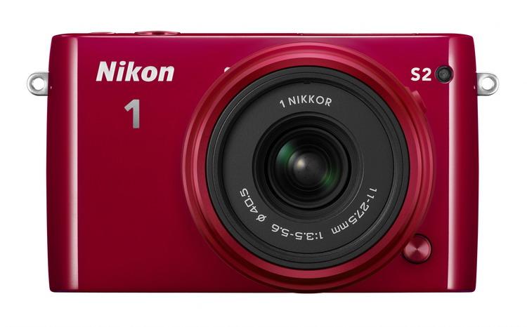 Nikon 1 S2 + 11-27.5mm červený