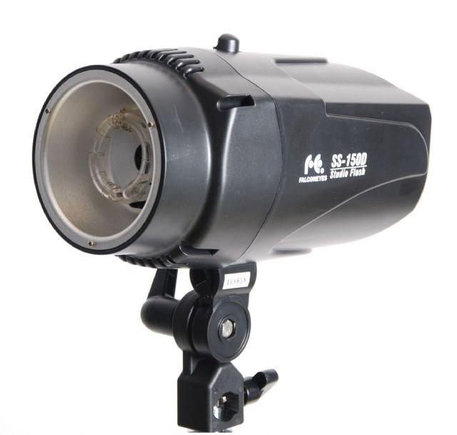 Falcon Eyes SS-150D