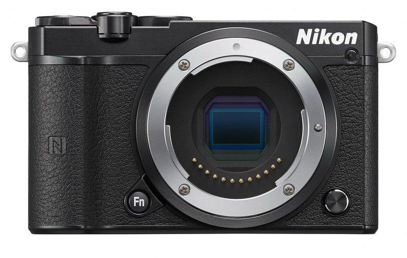Nikon 1 J5 černý
