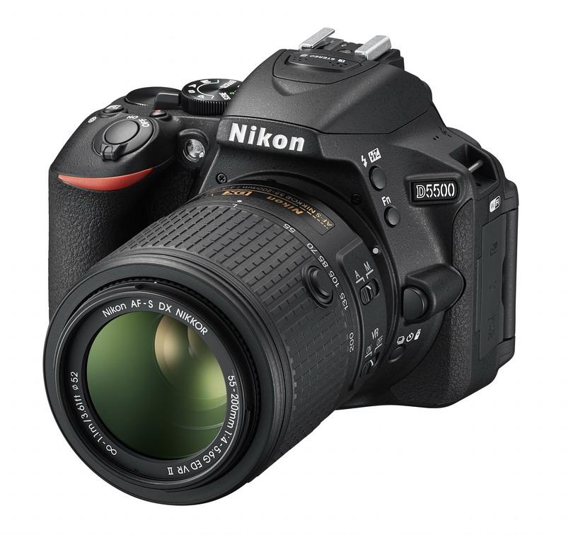 NIKON D5500 černá + 18-55 VR AF-P + 55-200 AF-S VR II