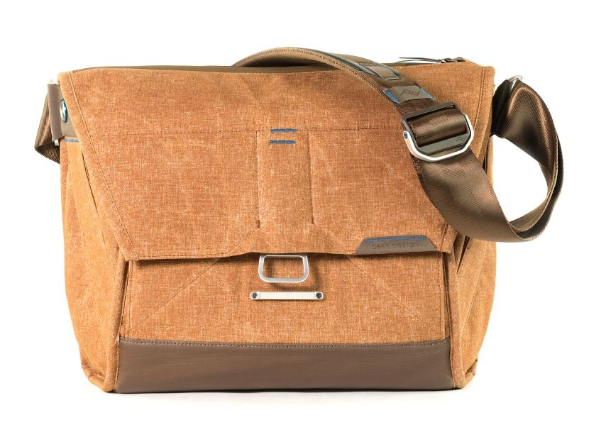 "Peak Design The Everyday Messenger 13"" světle hnědá"